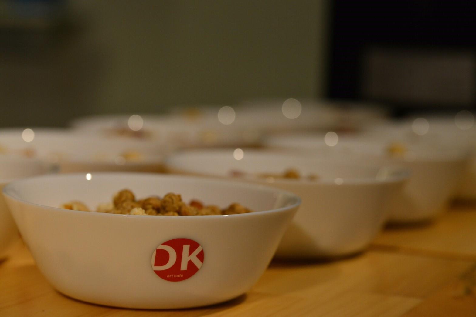 美味しい燻製グラノーラボール&ミックスナッツ